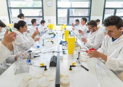 CADRE-DE-VIE-LycÇe-Biotech-Labo-1